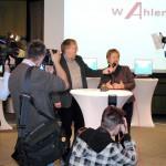 Pressekonferenz zum Start des ersten lokal-o-mat in Ahlen. Im Interview: die stellvertretende Ministerpräsidentin von NRW Sylvia Löhrmann.